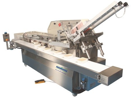 T. Freemantle Semi Automatic Preglued Sleever