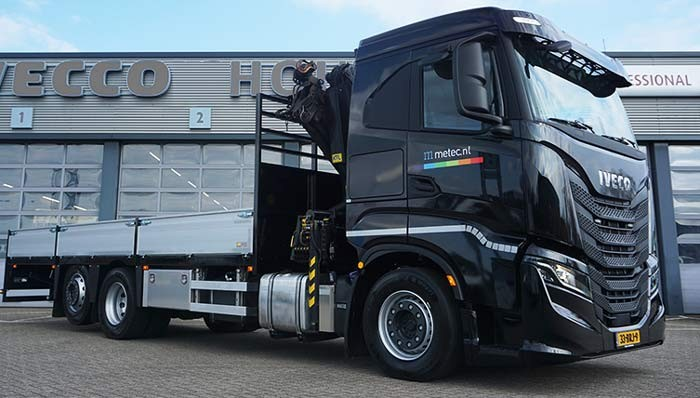 Iveco X-Way AS280XY/PS — 6x2 chassis met hefbare naloopas
