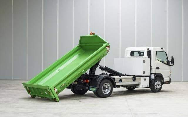 Unsinn Fahrzeugtechnik: Hakenlift für Transporter-Fahrgestell