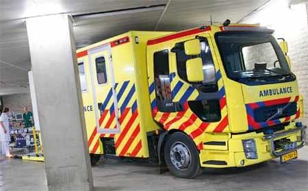 Visser - Volvo FL L 12t 4x2 MICU Ambulance