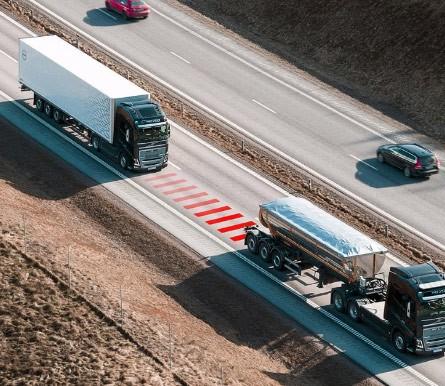Volvo Trucks Distance Alert