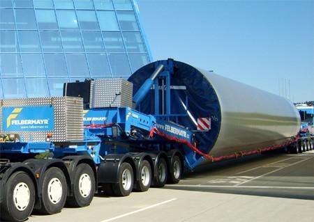 Nooteboom Mega Windmill Transporter