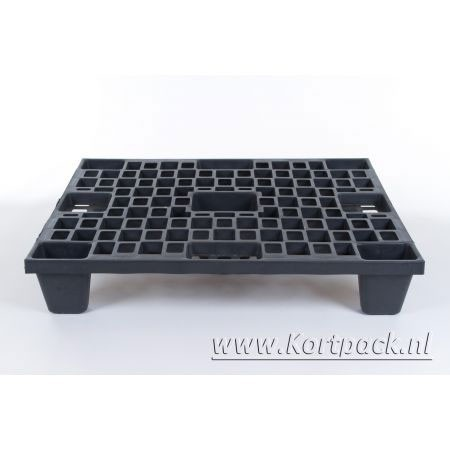 Plastic pallet nestable 80 x 60 cm