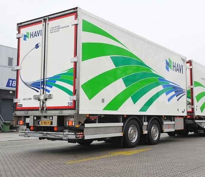 Heiwo -  Scania - Carrier - AddVolt — Elektrische / hybride koelcombi minimaliseert de uitstoot bij bevoorrading McDonalds